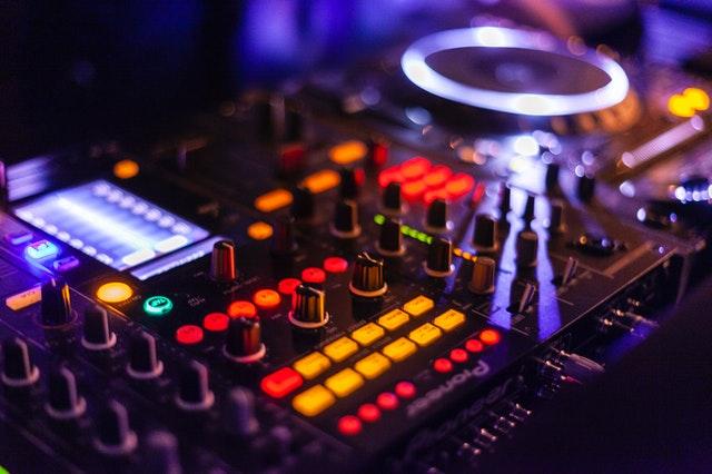 DJ Controller Sale